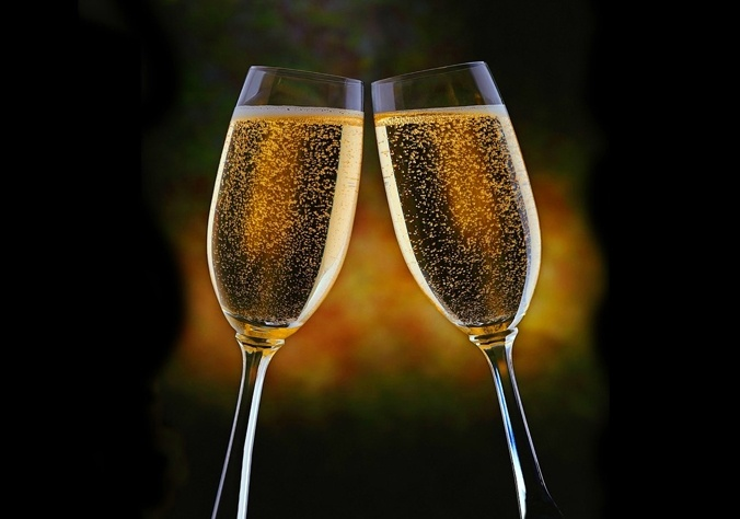 Top 5 Tips For Successful Holiday Toasts