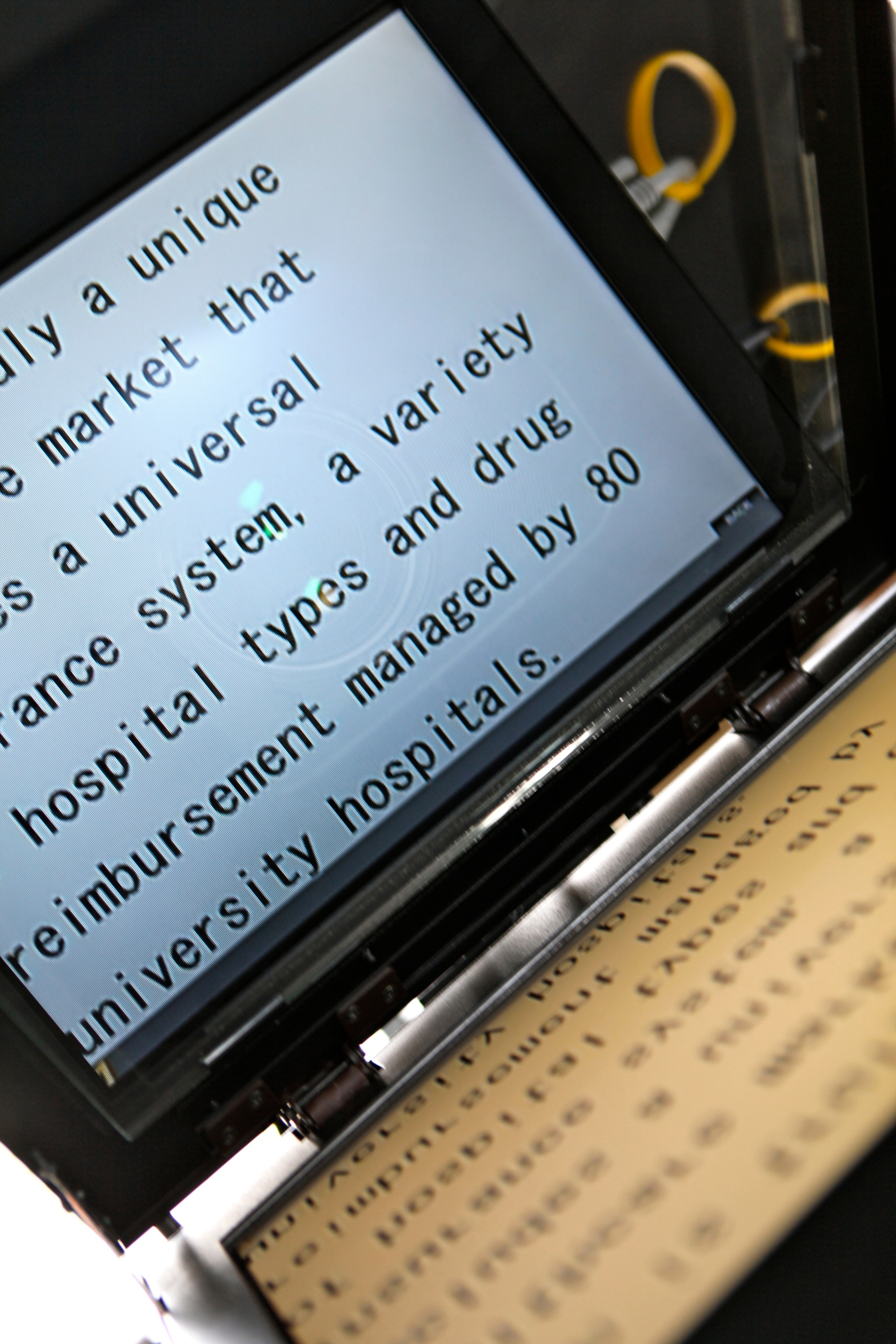 Reading, Speaking, Conveying: The Art of the Teleprompter